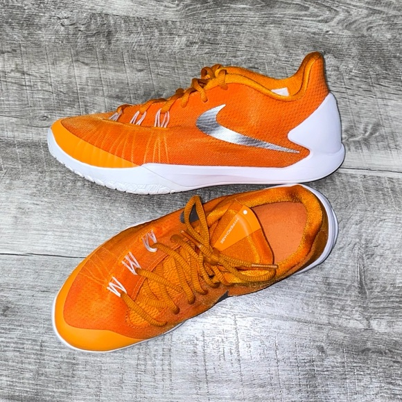 Nike Shoes | Hyperchase Low Top